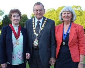 Town Mayor re-elected for another year
